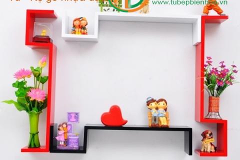 Kệ trang trí treo tường Acrylic